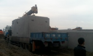 cho thuê cẩu chuyên dùng 20 tấn